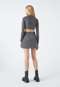 PULL&BEAR - A-line skirt - mottled dark grey - 1