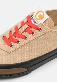 Camper - CAMALEON - Sneakers basse - medium beige - 3