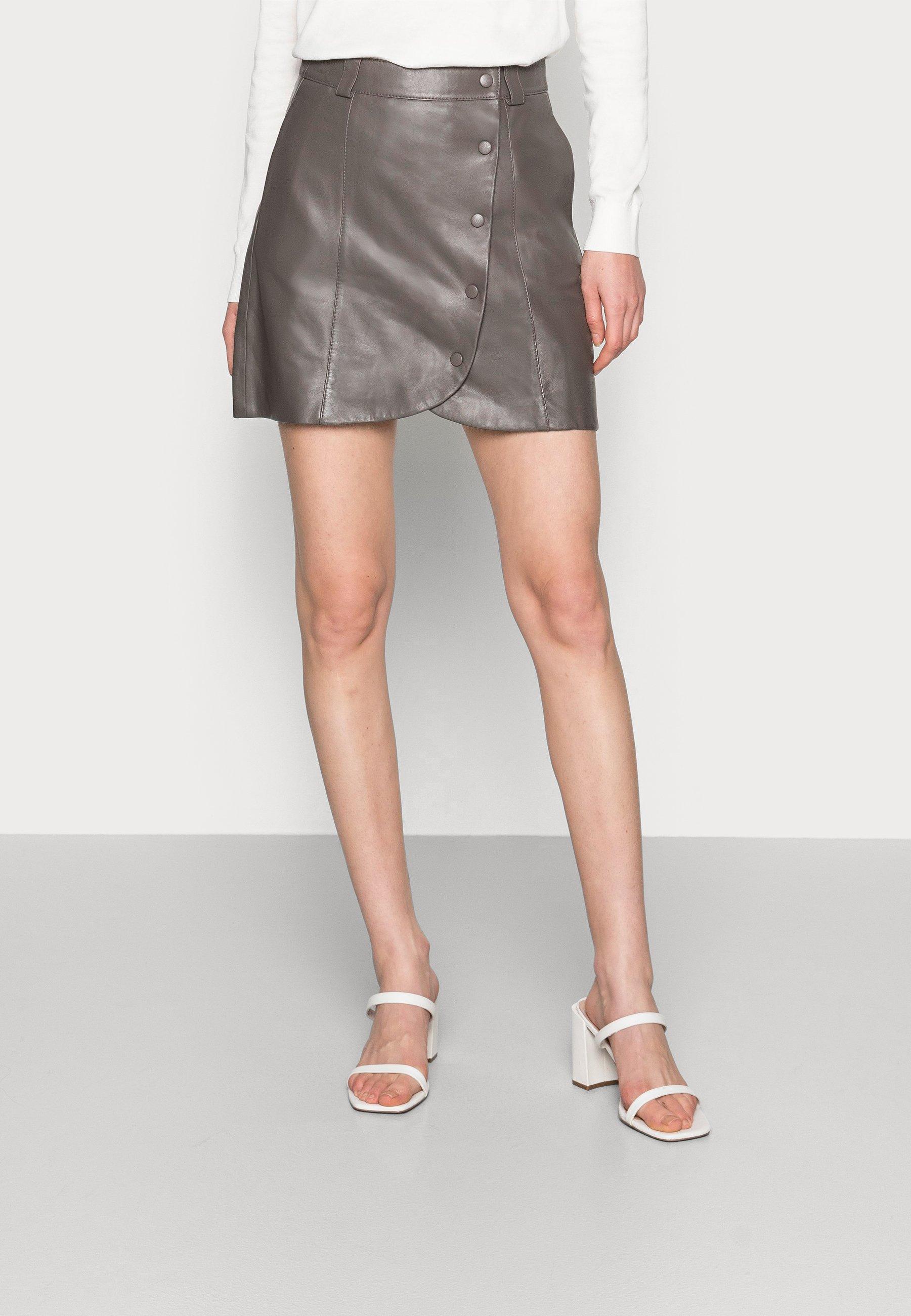Women DAY SKIN - Mini skirt
