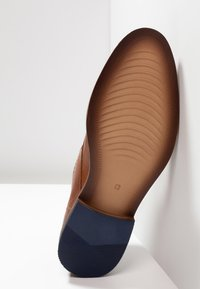 Pier One - Smart lace-ups - cognac - 4