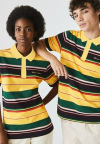 Lacoste LIVE - Polo shirt - jaune / blanc - 5