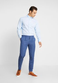Marc O'Polo - FINE BEDFORD GARMENT DYED - Chemise - airblue - 1