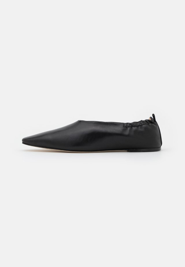 POINTY SQUARE - Mocassins - black