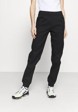 CLASS JOGGER - Pantalon classique - black