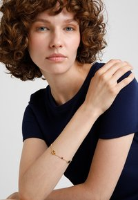 SNÖ of Sweden - TWICE CHAIN BRACE  - Bracelet - gold-coloured - 1