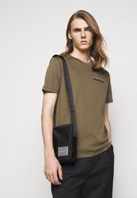 HUGO - RECORD ZIP - Across body bag - black - 2