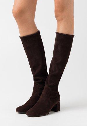 BRITT - Vysoká obuv - nuba