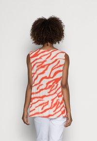 comma casual identity - Blouse - orange - 2