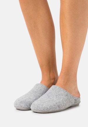 HOMESLIPPER PLAIN - Tofflor & inneskor - grey