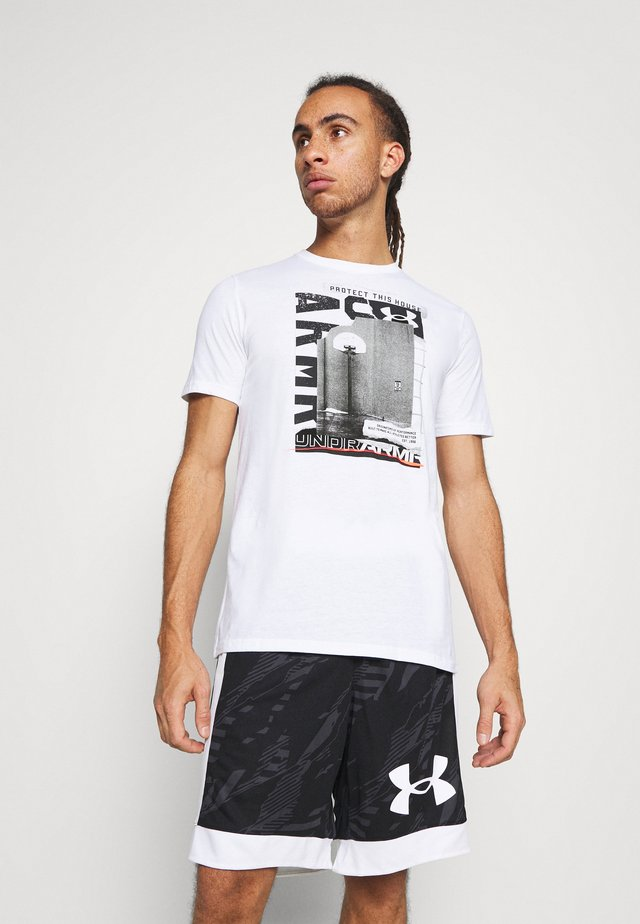 BASKETBALL PHOTOREAL - Printtipaita - white