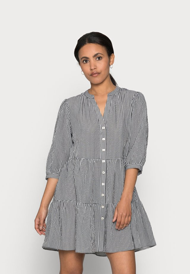 GINA GINGHAM SMOCK DRESS - Vapaa-ajan mekko - black and white gingham