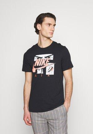 TEE MANGA  - Print T-shirt - black