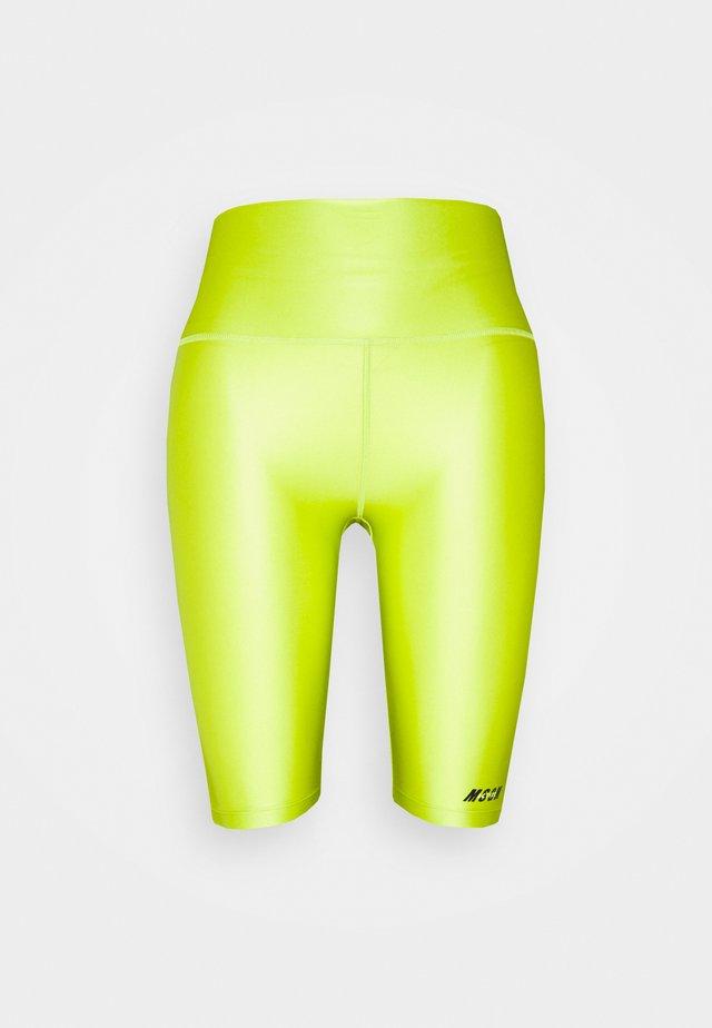 BERMUDA SHORTS - Short de sport - lime