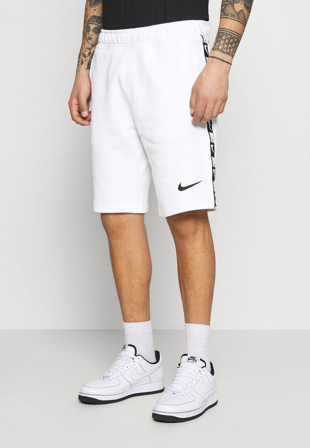REPEAT  - Shorts - white/black
