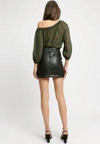 Kookai - Wrap skirt - z2-noir - 3