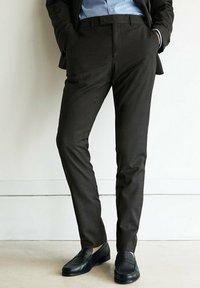 Massimo Dutti - Suit trousers - dark grey - 0