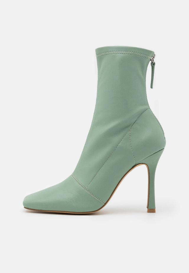 SQUARE MID STIELLETOE BOOTS - High heeled ankle boots - mint