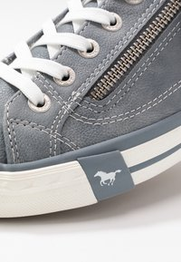 Mustang - Trainers - sky - 2