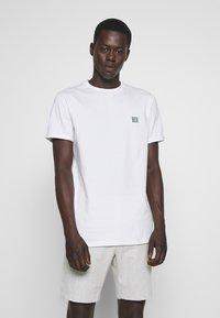 Les Deux - PIECE - T-Shirt basic - white - 0