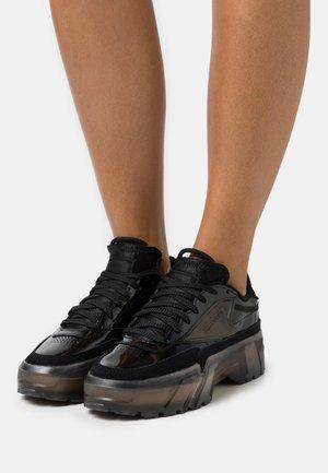 CLUB C CARDI - Sneakersy niskie - core black