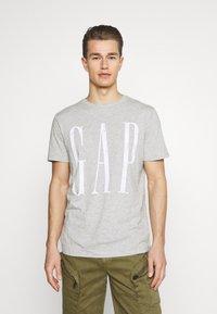 GAP - LOGO DISTRESS - Print T-shirt - heather grey - 0