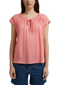 Esprit - BLOUSE - Print T-shirt - coral - 4