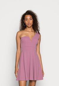 WAL G. - ANNIE ONE SHOULDER SKATER DRESS - Cocktail dress / Party dress - mauve pink - 0