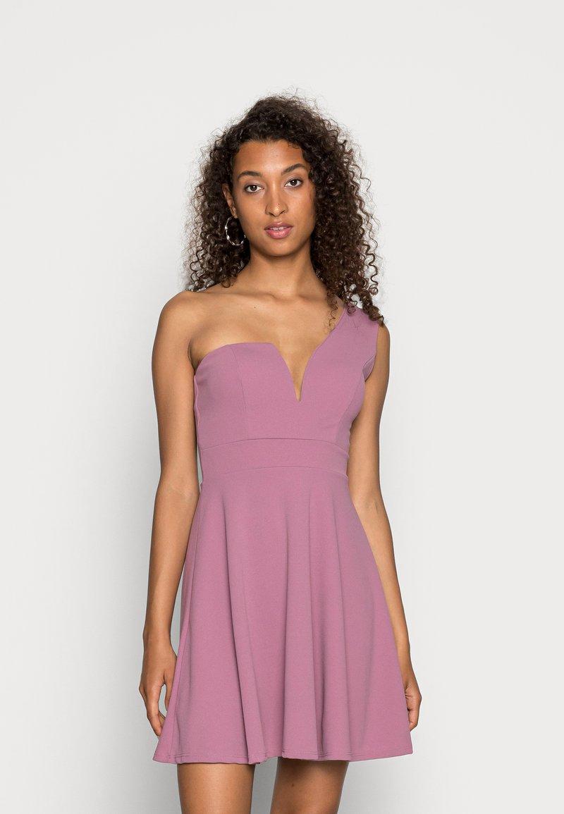 WAL G. - ANNIE ONE SHOULDER SKATER DRESS - Cocktail dress / Party dress - mauve pink