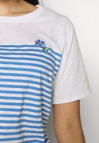 MY TRUE ME TOM TAILOR - Print T-shirt - whisper white/white - 5