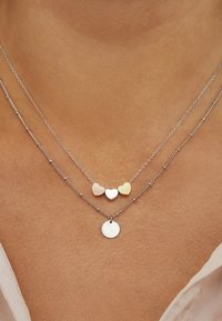 Selected Jewels - Necklace - mehrfarbig - 0