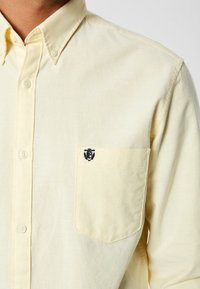 Selected Homme - NOOS - Shirt - mellow yellow - 3