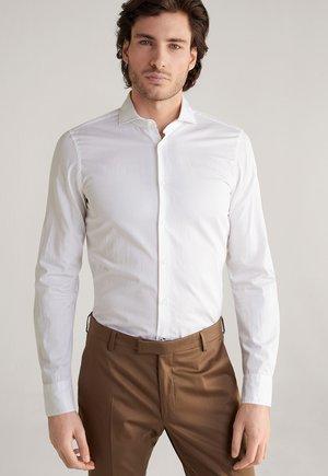 PEJOS - Formal shirt - weiß