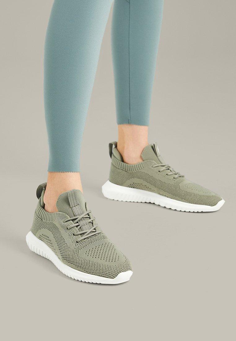 OYSHO - Trainers - green