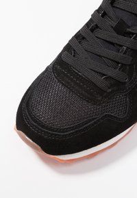 Pepe Jeans - VERONA NEW SEQUINS - Trainers - black - 2