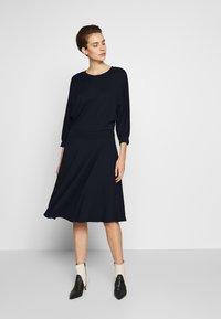 MAX&Co. - DADAISMO - Žerzejové šaty - midnight blue - 1