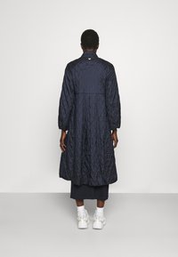 WEEKEND MaxMara - KAFIR - Klasický kabát - blue - 2