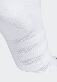 adidas Performance - Alphaskin Lightweight Cushioning Over-the-Calf Compression Socks - Sports socks - white - 1