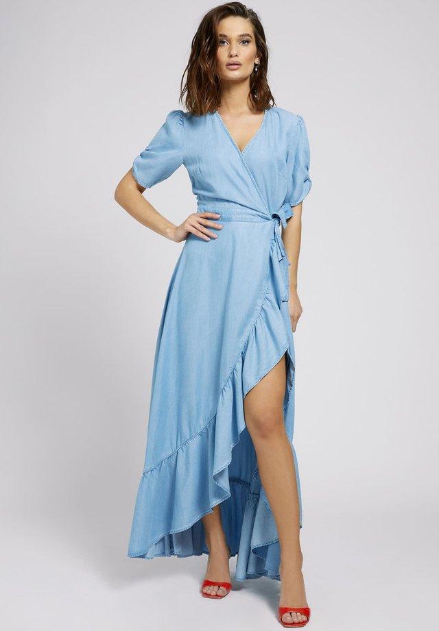 GERÜSCHTES  - Długa sukienka - himmelblau