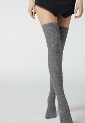 Overkneestrumpor - grey cashmere blend chevron knit