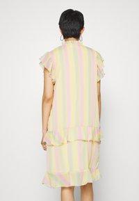HOSBJERG - STINA DRESS - Denní šaty - multi-coloured - 2
