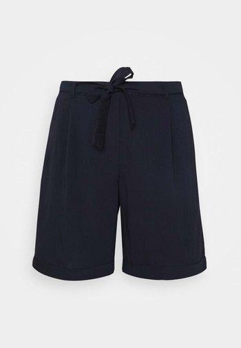 Shorts - tinte