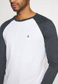 Burton Menswear London - LONG SLEEVE RAGLAN 2 PACK - Long sleeved top - off white - 5