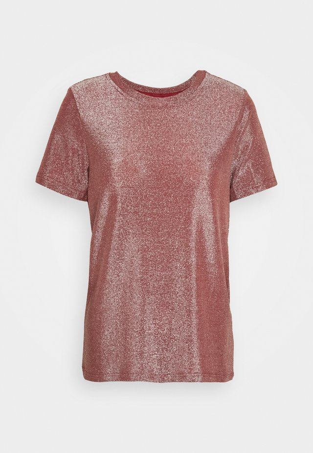 VMADALYN - T-shirt imprimé - burnt russet/silver