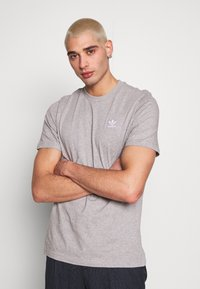 adidas Originals - ESSENTIAL TEE UNISEX - T-shirts basic - mottled grey - 0