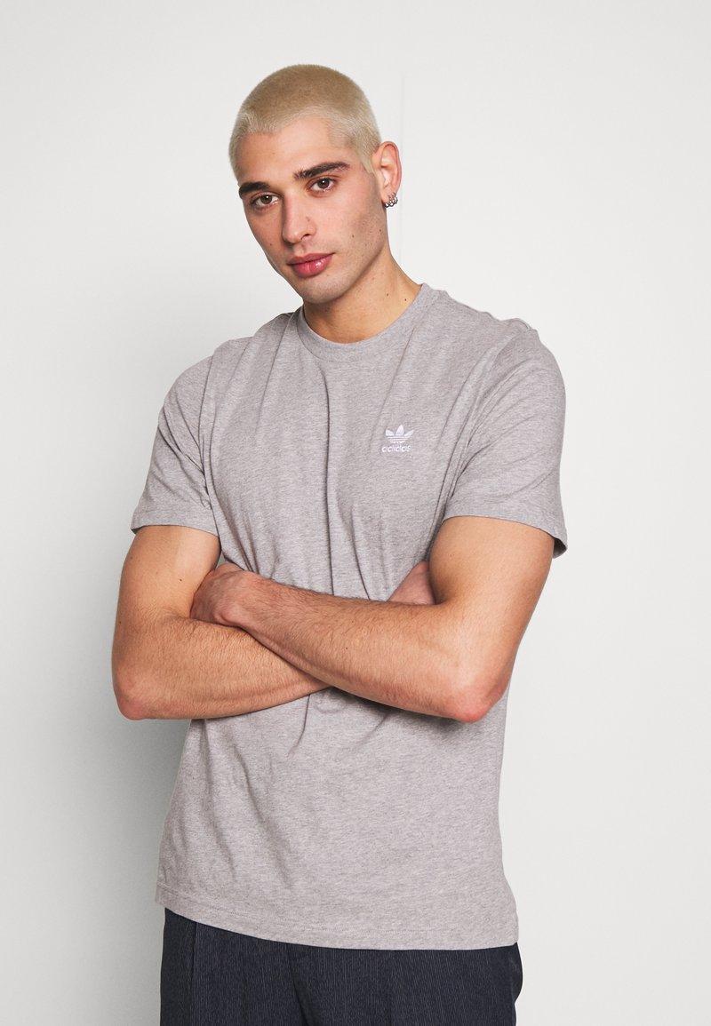 adidas Originals - ESSENTIAL TEE UNISEX - Basic T-shirt - mottled grey