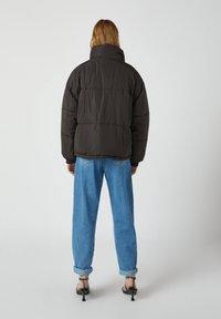 PULL&BEAR - Winter jacket - black - 2