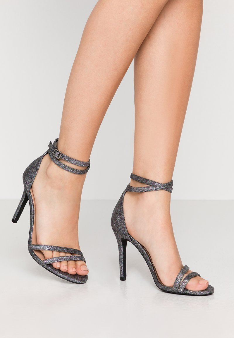 ONLY SHOES - ONLAILA WRAP - Sandali con tacco - black