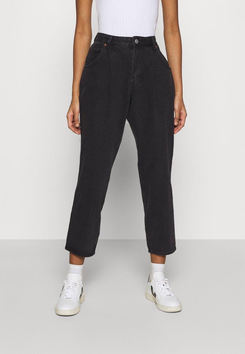 Monki - MAJA - Jeans baggy - black dark