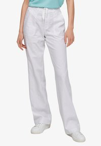 QS by s.Oliver - Trousers - white - 4