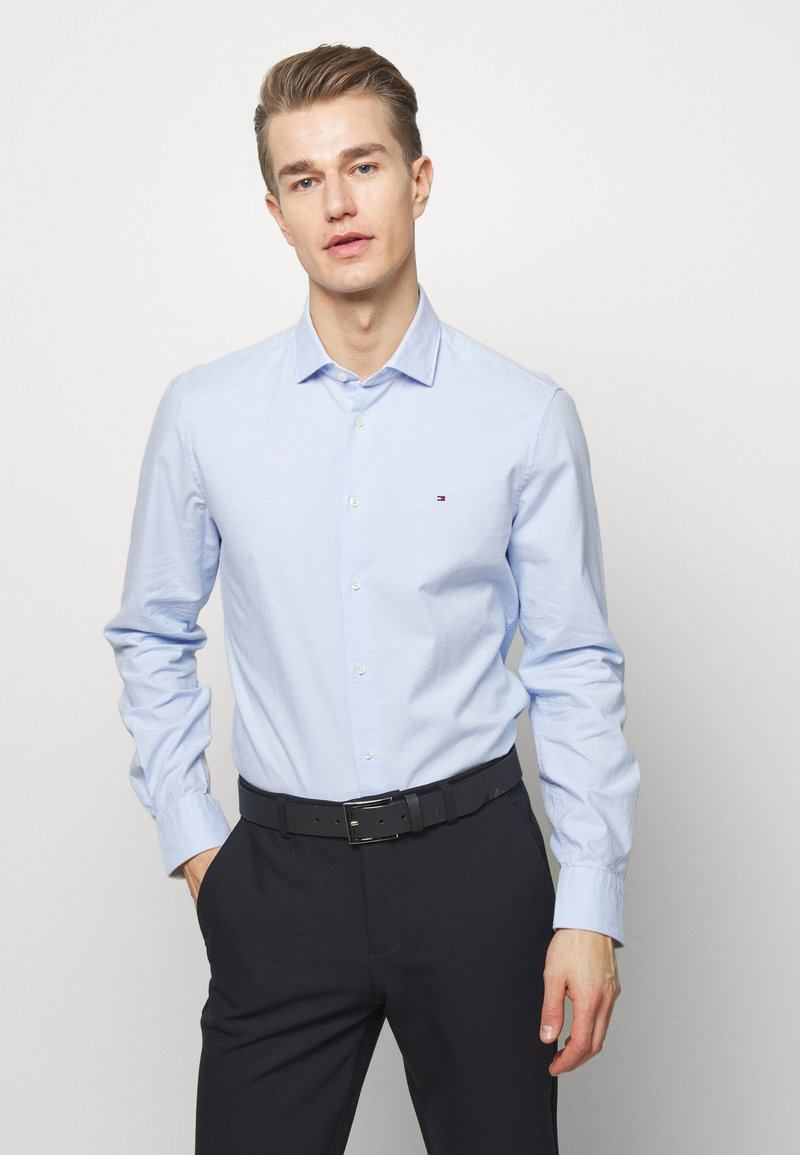 Tommy Hilfiger Tailored - WASHED OXFORD CLASSIC SLIM - Formal shirt - blue